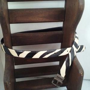 Womens belt Zebra print Size L Reverses to black